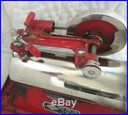 EARLY MODEL Cast Iron Empire Steam Engine B-30. Very Nice Solid Red Flywheel