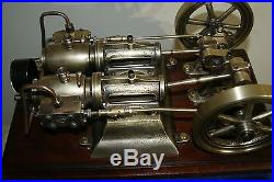 Model live steam engine, two cylinders