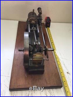 RARE Large Vintage Horizontal Steam Engine Wooden Base Beautifully Crafted