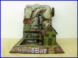 Steam Engine Driven Model Bassin Bing / Doll
