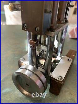 Vertical Live Steam Engine Twin Cylinder Model Boat Motor