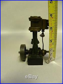 Vintage Antique Cast Metal Brass Small Toy Model Steam Engine Part(A95)