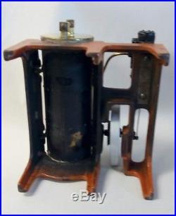 Vintage Weeden Mfg. Cast Iron & Brass Toy Steam Engine Excellent condition