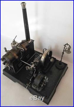 Vintage antique MARKLIN horizontal steam engine 4149/91/5 1/2 + generator lamp